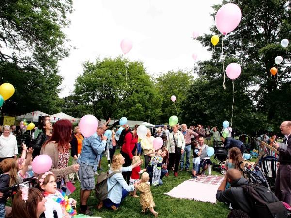 Children launch the 2015 Picnic